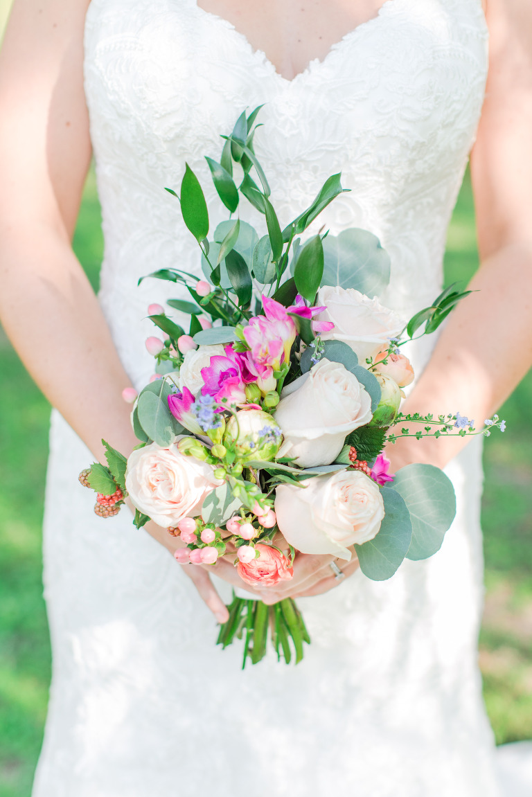 peach and fuchsia wedding bouquet